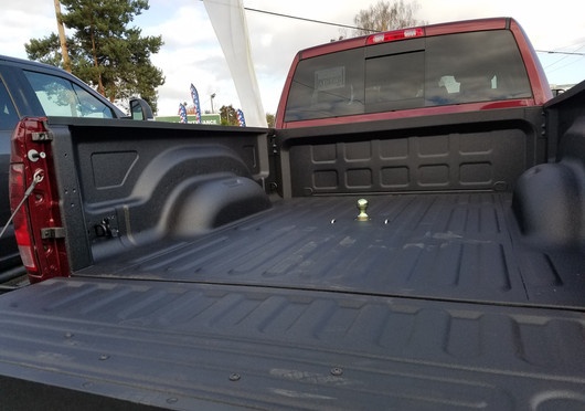 Spray On Bed Liner And B&W Gooseneck Hitch