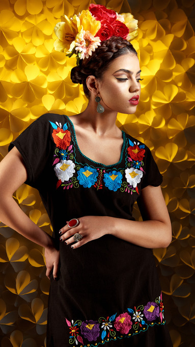 David-Alonzo-Photography-with-Nouran-Shalaby-As-Frida-Kahlo-Black-Dress-Fashion-Portrait-3.jpg