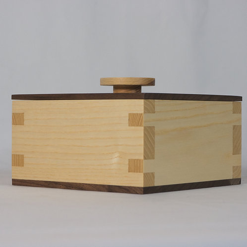 Walnut and Hickory - Herloom Box