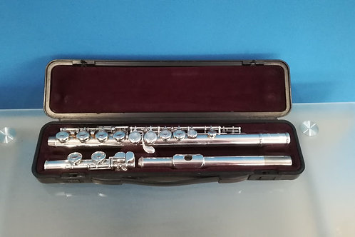 Reconditioned Yamaha YFL-211 Flute (C69***)
