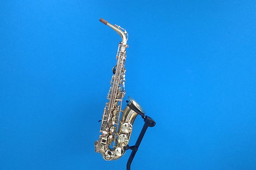 Reconditioned Earlham Pro Series II Alto Saxophone (321***)