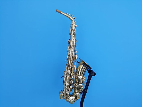 Reconditioned Earlham (991***)Pro Series II Alto Saxophone