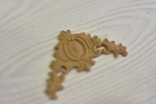 Fregio angolo 6 sx pasta di legno