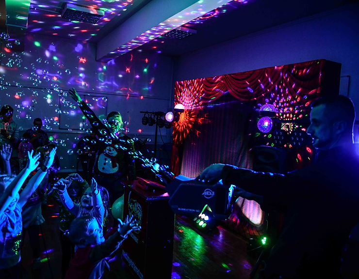 disco parties with CLUMSY ENTERTAINMENT