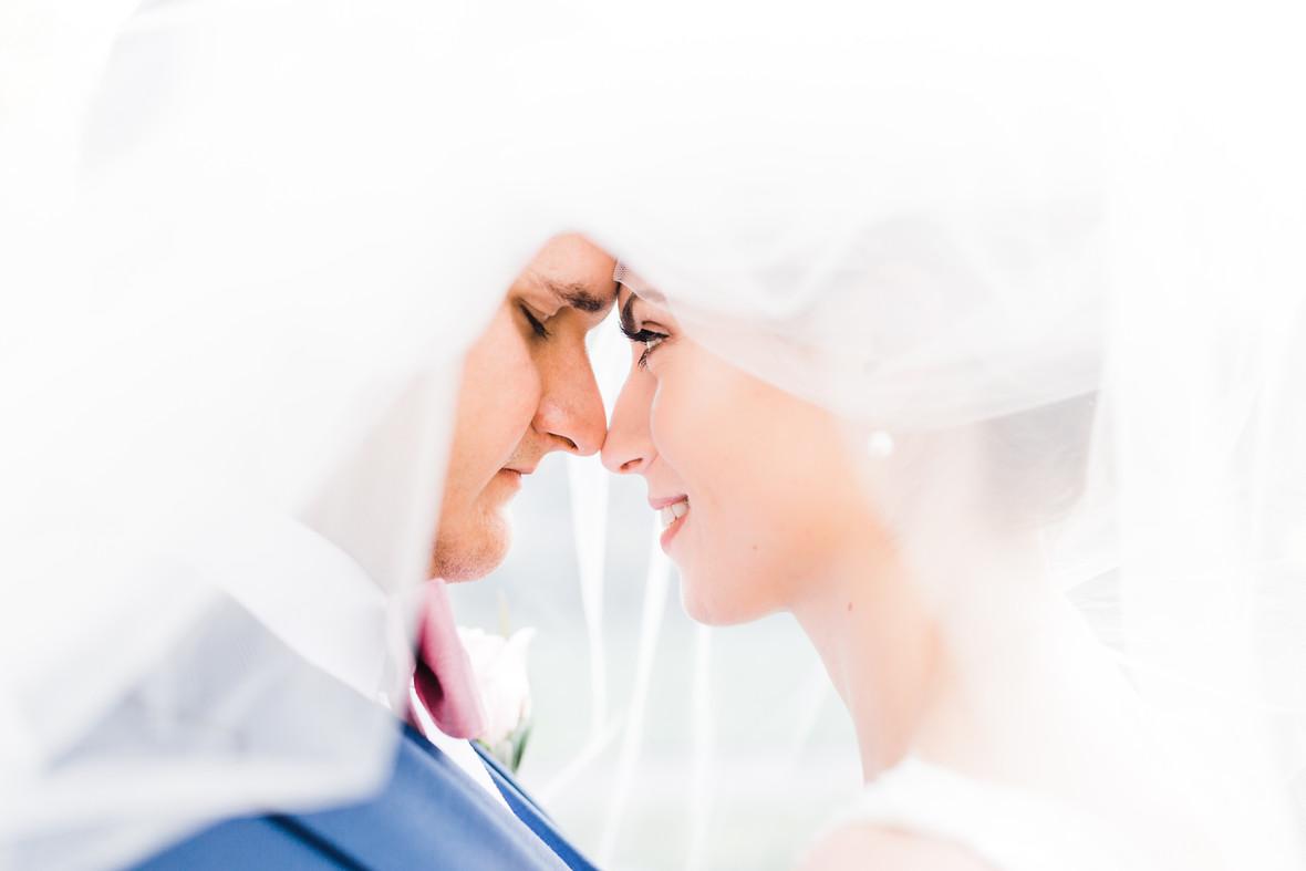 beth wedding flowers-2.jpg