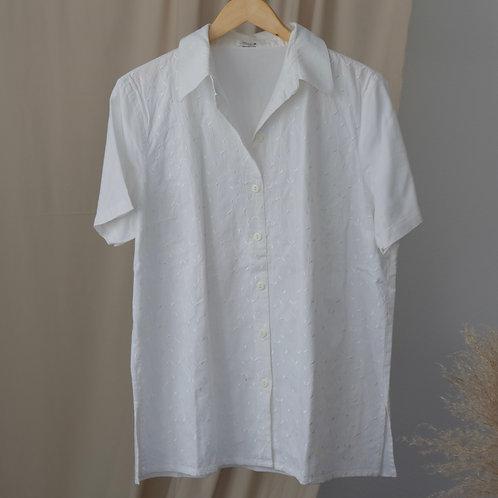 Bílá košile s výšivkami - XL