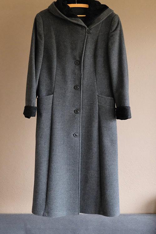 Tmavě šedý dlouhý kabát s kapucí - M