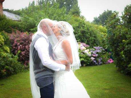 Bella & Dan's Wedding Day   Kennington Hall Wedding Photographer
