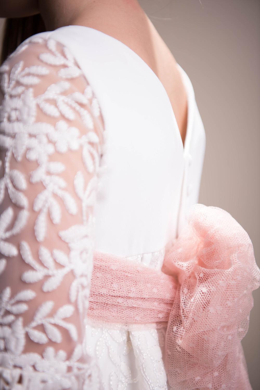 detalle vestido comunión
