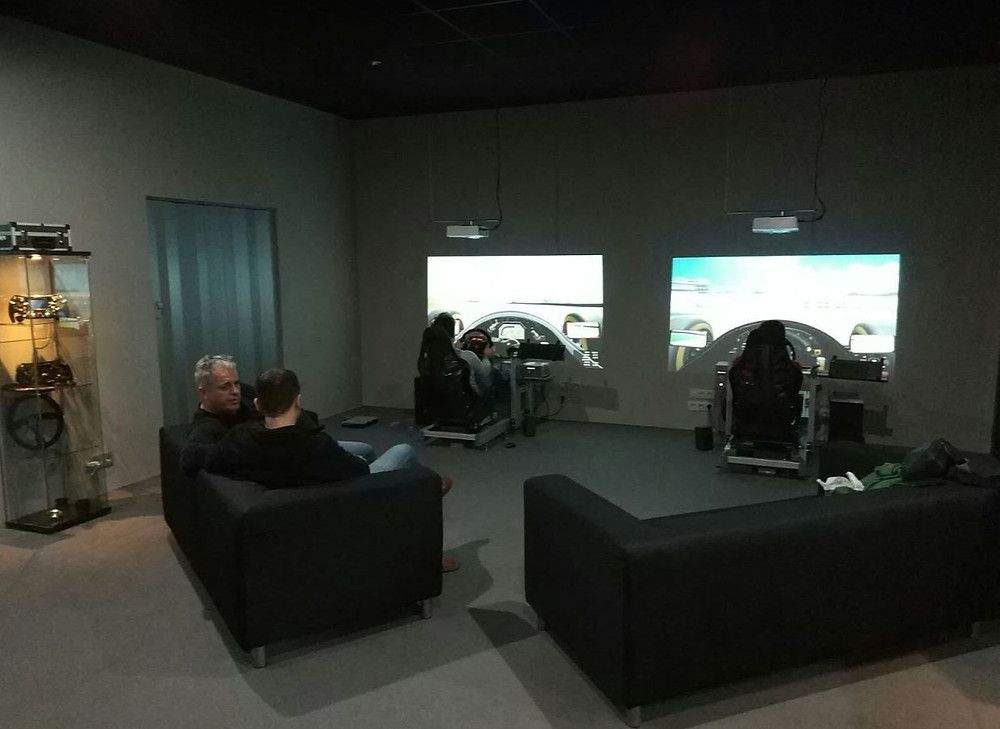 Augury Simulations, Official Reseller of Simucube Direct Drive Force Feedback Wheelbase and other sim racing equipment for simracers and real life racing drivers.