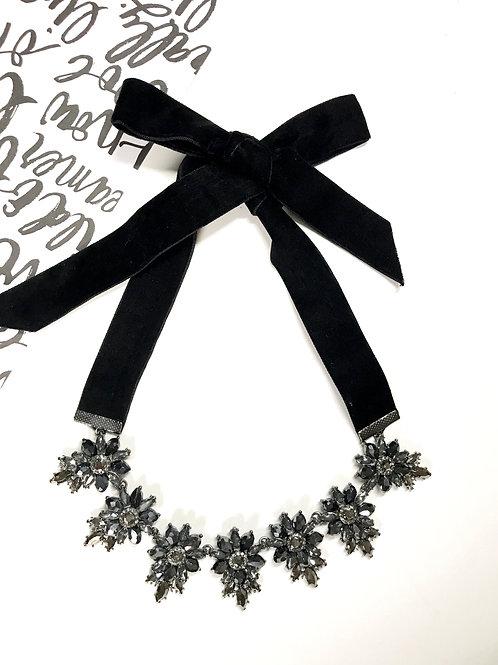 Bow-Tastic Velvet Tie Necklace