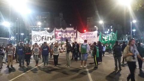 MARCHA FEDERAL UNIVERSITARIA CONTRA MACRI Y EL FMI
