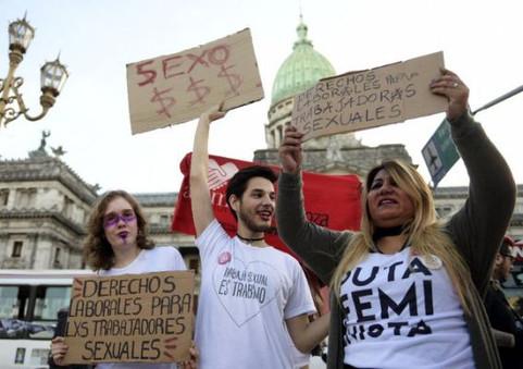 """""""SE UTILIZA LA EXCUSA DE LA TRATA PARA PERSEGUIR A TRABAJADORAS SEXUALES"""""""
