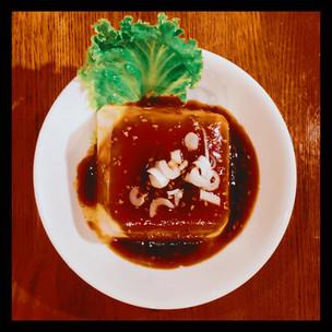 豆腐の神様が見えるか。