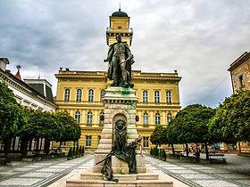 mestska_radnica_komarno.jpg