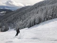 montana-outdoors-explore-ski-winter-natu