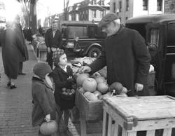 Portland Farmers' Market 1938