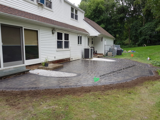Paver patio & bluestone step