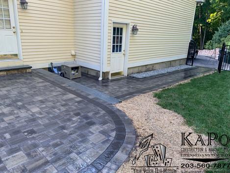 Paver patio & walkway