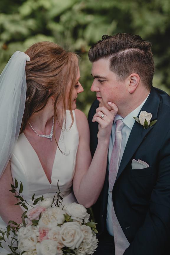 Seattle, Wedding, Elopement, Bride, Groom, Dress, Veil, Bouquet, Boutonniere, PNW, Photographer