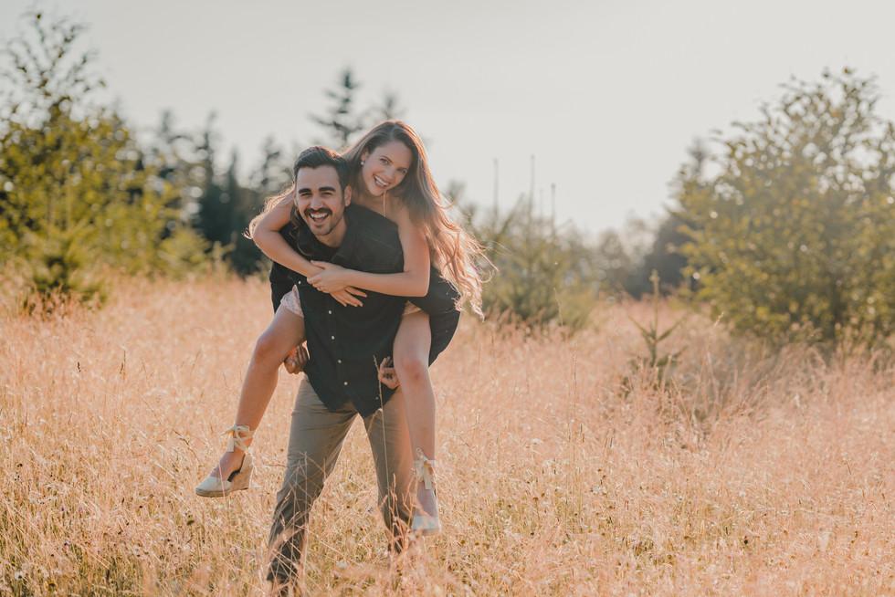 Portland, Engagement, Sunset, Field, Boyfriend, Girlfriend, Smile, Photographer, PNW