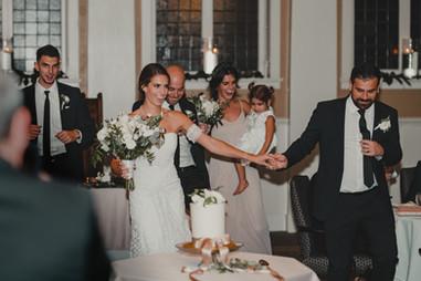Seattle, Wedding, Bride, Groom, Wedding Party, Dress, Bouquet, Bridesmaids, Groomsmen, Dancing, Best Man, PNW, Photographer