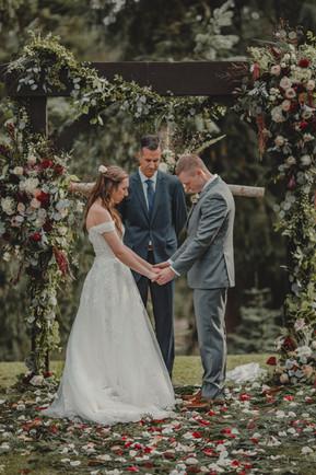 Seattle, Wedding, Bride, Groom, Officiant, Dress, Outdoor, Venue, Flowers, PNW, Photographer