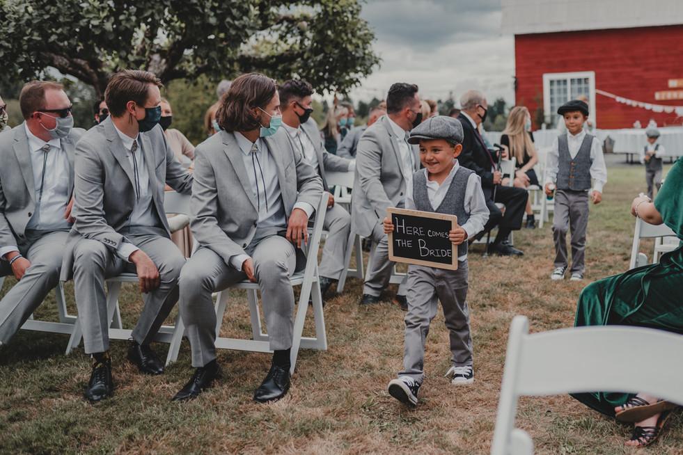 Portland, Wedding, Groomsmen, Ring Bearer, Outdoors, Venue, PNW, Photographer