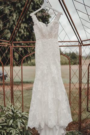 Portland, Wedding, Dress, Field, Hanger, PNW, Photographer