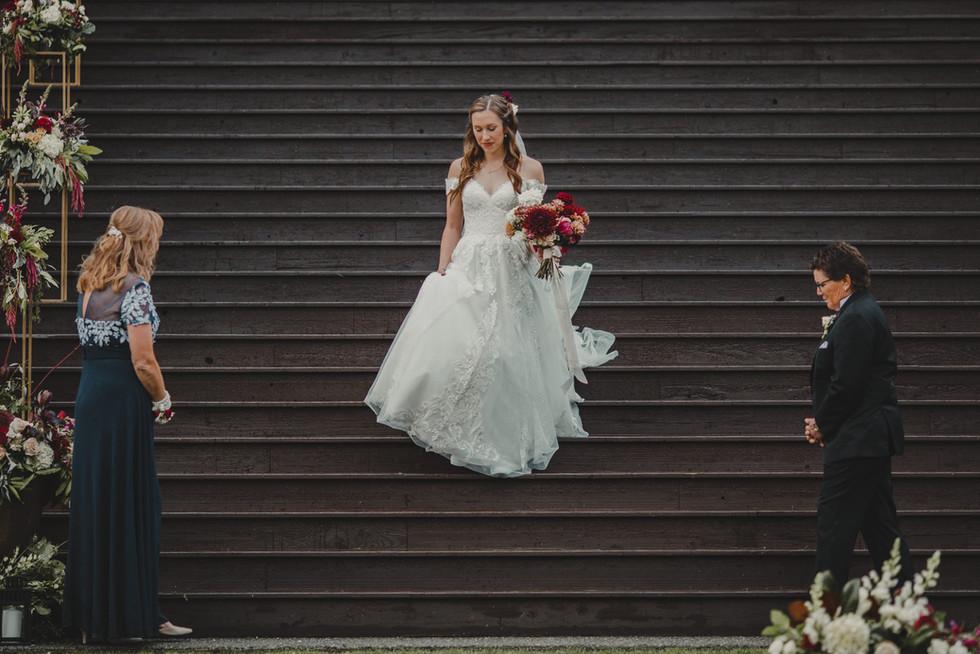 Seattle, wedding, bride, dress, venue, bouquet, PNW, Photographer