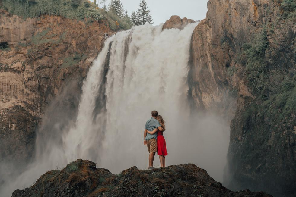 Seattle, Snoqualmie, Engagement, Boyfriend, Girlfriend, Waterfall, Snoqualmie Falls, Hug, Photographer, PNW