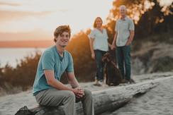 Seattle, Discovery Park, Senior, Portraits, Family, Dog, Smile, Sunset, Photographer, PNW