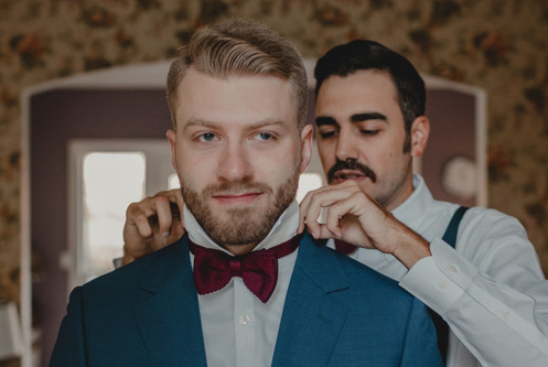 Portland, Wedding, Groom, Groomsen, Best Man, Getting Ready, PNW, Photographer