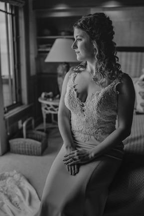 Seattle, Wedding, Bride, Dress, Getting Ready, PNW, Photographer