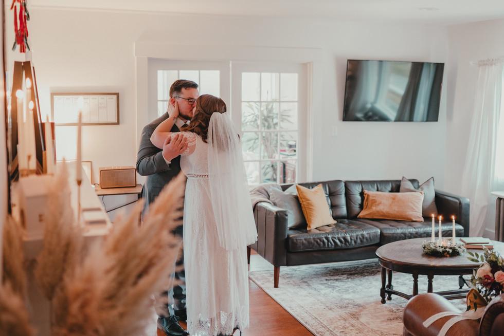 Seattle, Wedding, Elopement, Bride, Groom, Dress, First Look, PNW, Photographer