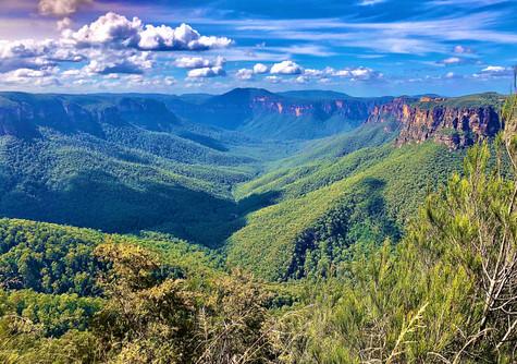 Blue mountains gorge