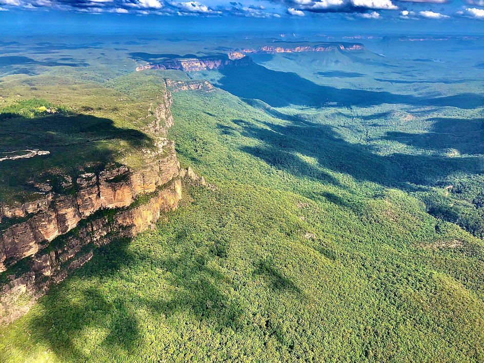 Blue mountains cliff