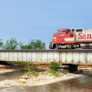 custom-model-railroad-builder-9s.jpg