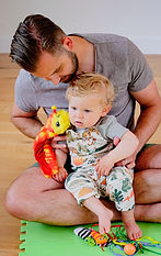 Dad with child at Nottingham and Derby Baby Sparks Sensory classes.