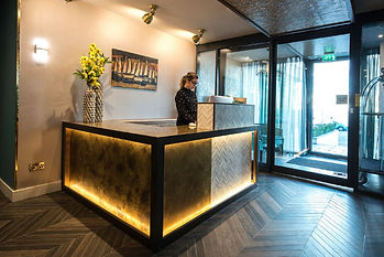 furnotel-seven-hotel-reception-desk-1024
