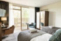 Hotel_Room_Twin_Bed_WO_May_2014_01.jpg