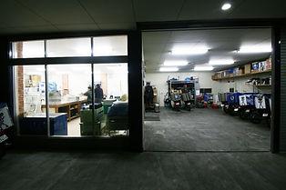 車庫と作業場