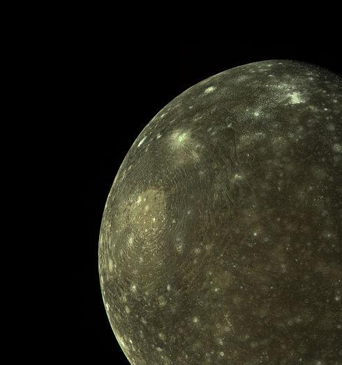 Callisto%20mosaic_edited.jpg