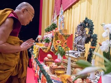 Creating Buddhist Altar