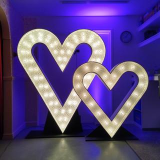 6' & 4' Light Up Hearts