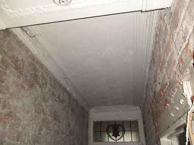 """Asbestos-containing """"artex""""-type decorative ceiling coating in Cathays, Cardiff, confirmed by bulk sampling, 2013"""