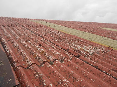 Asbestos cement roof sheets in Newcastle Emlyn, Carmarthenshire, confirmed by bulk sampling, 2014