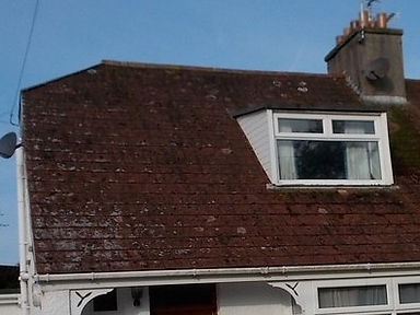 Asbestos-containing roof tiles in Newton, Porthcawl, confirmed by bulk sampling, 2015
