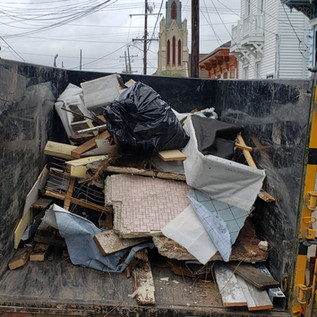Curbside Junk Removal in New Orleans