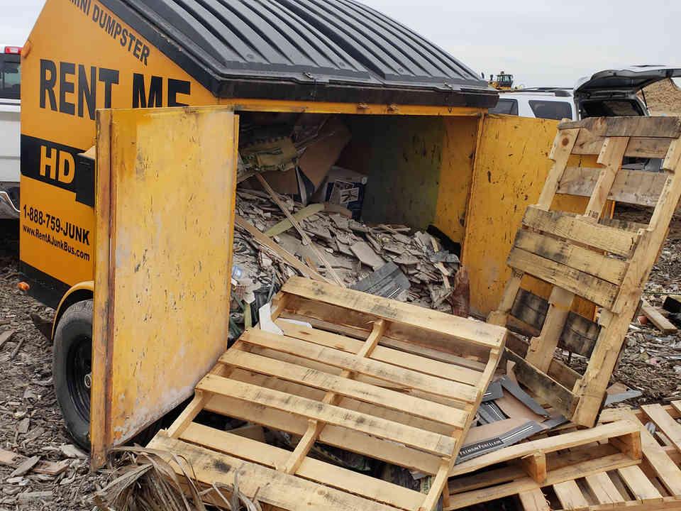 Picayune, MS 6-yard Dumpster Rental Full of Trash